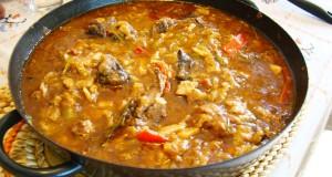 Cucina Spagnola - La Paella con Carne - Piatto Tipico