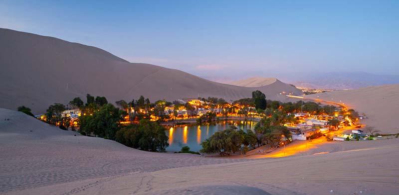 Huacachina e la sua oasi nel deserto per - Abu dhabi luoghi di interesse ...