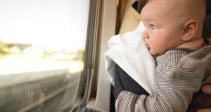 Viaggio in treno con un neonato