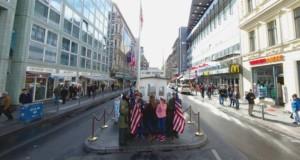 Visitare Berlino - Checkpoint Charlie